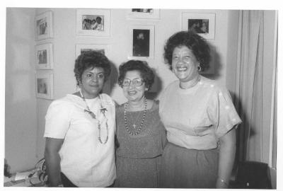 Lorraine Montenegro (left), Lillian López (center) with her sister Elba Cabrera (right)
