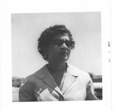Lillian López in sunglasses