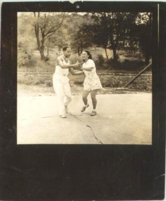 Jesús Colón and Concha Colón dancing together