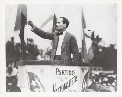 Pedro Albizu Campos at the Partido Nacionalista podium