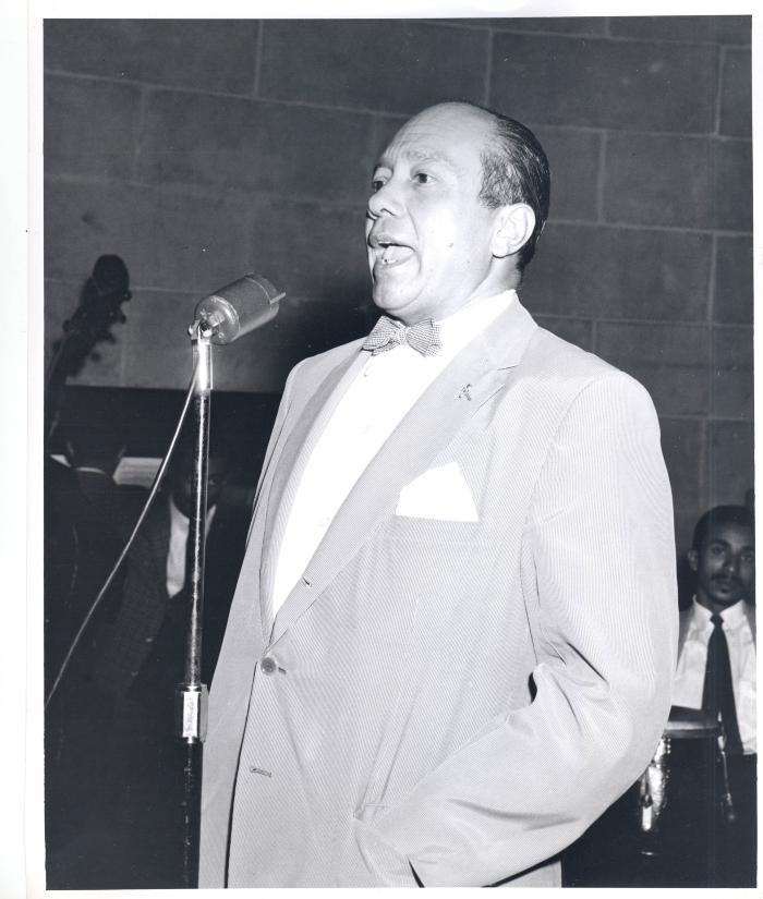 Tony Méndez