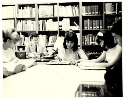 Patrons at the Migration Division Library