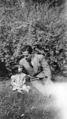 Gilberto Concepción de Gracia and his daughter Alma