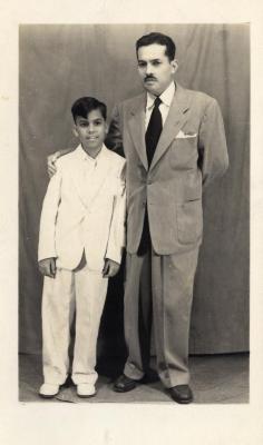 Gilberto Concepción de Gracia with his son
