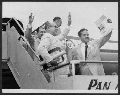 Gilberto Concepción de Gracia on a Pan Am flight