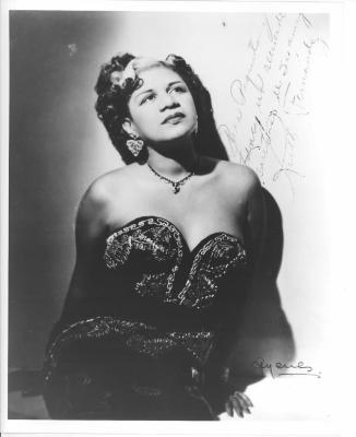Ruth Fernández autographed photo