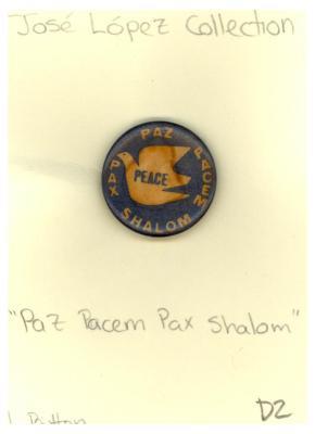 Button: Peace, Paz, Pax, Pacem, Shalom