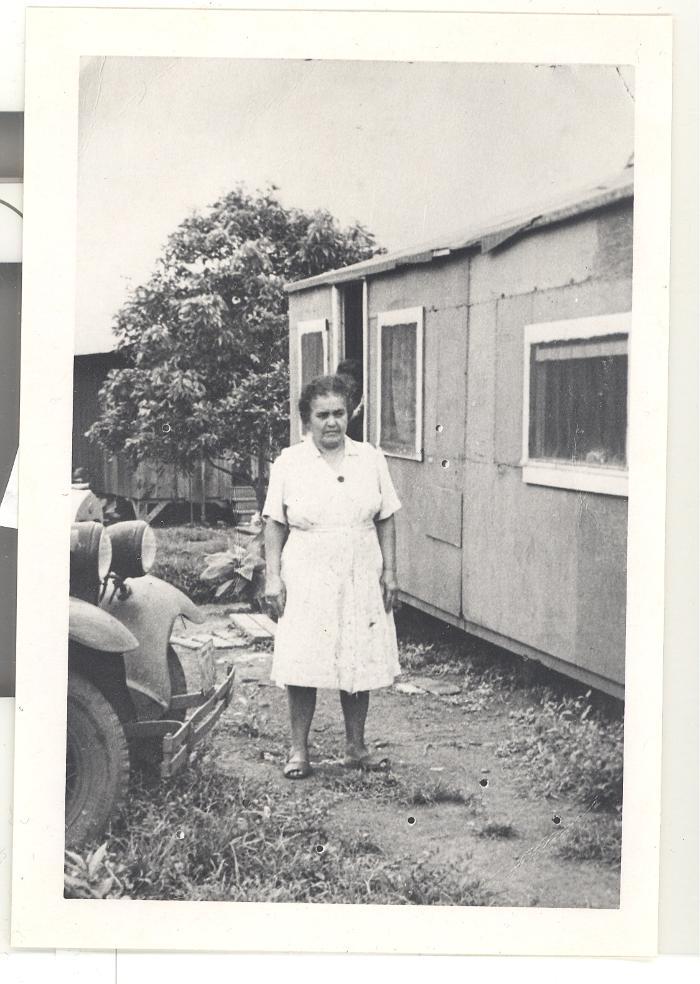 Caravalho woman in a Hawaiian sugar cane plantation