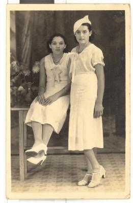 Minnie and Julia Robello