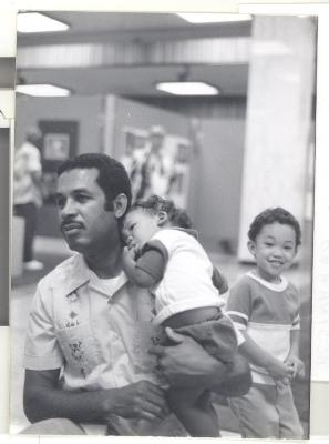 Visitors at Boricua Hawaiiana exhibit