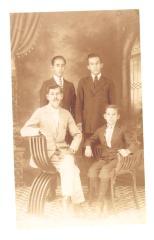 Herman Badillo with his family