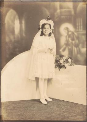 Olimpia Colón's first communion