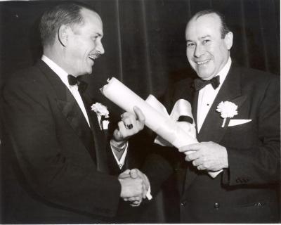 Juan Avilés Accepting an Award