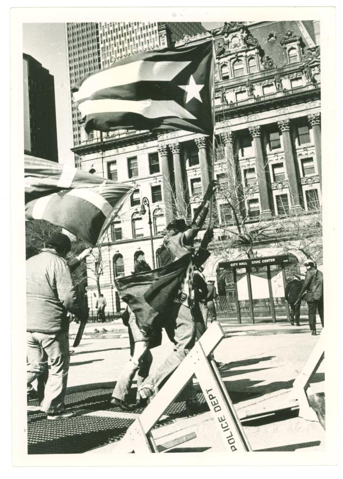 Demonstration at City Hall for the Nationalists Prisoners