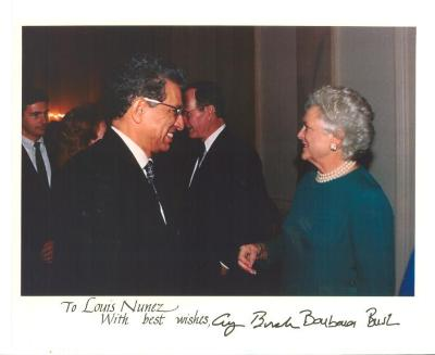 Louis Nuñez with President George H.W. Bush and First Lady Barbara Bush