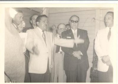 Gilberto Concepción De Gracia during his political campaign