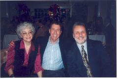 Richie Pérez (right) with others