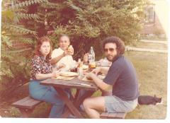 Richie Pérez having a picnic with his parents