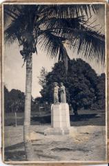 Eugenio María de Hostos Monument