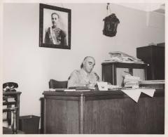"José Arismendy ""Petán"" Trujillo Molina sitting at his desk"