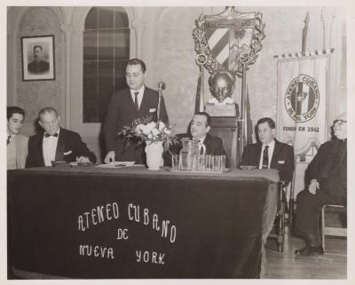 The members of the Ateneo Cubano de Nueva York