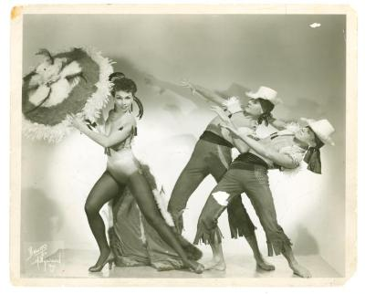 Anita Vélez Carib Dancers