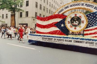 Float of the Department of Puerto Rican Community Affairs