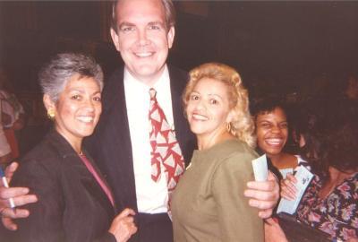 Linda A. Rios (far left)