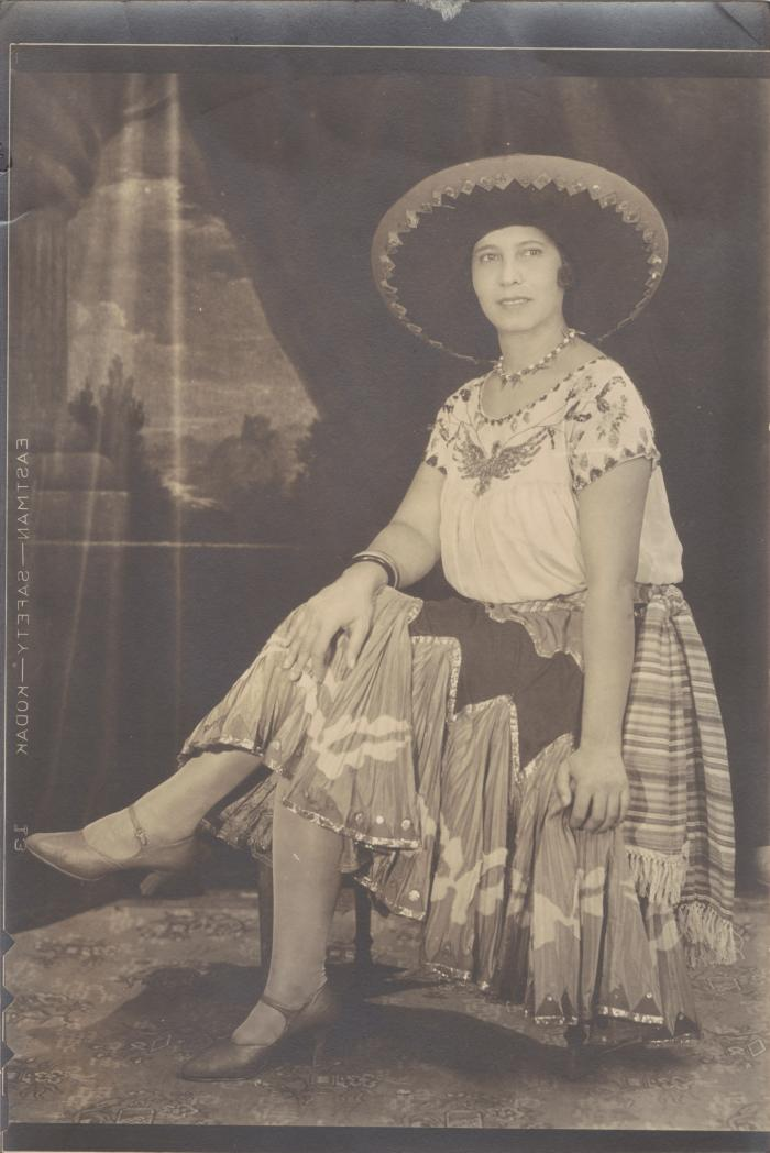 Young Pura Belpré with a sombrero